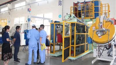 浙江客户来访验收自动滚喷机AJL.R90型喷涂设备
