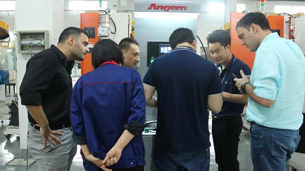 泰国客户成功投入使用安捷伦衬套自动缩径机设备